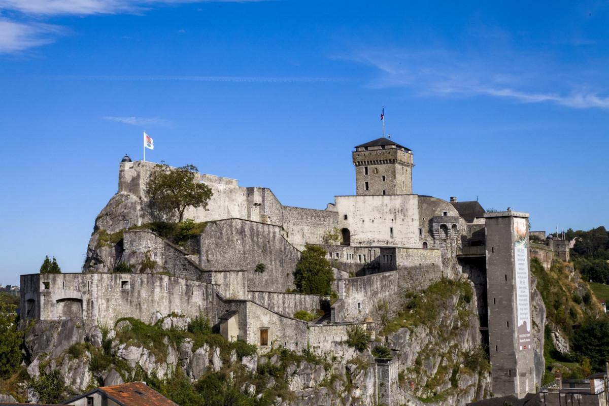 Chateau-Fort-vue-Sud-2014-HD--P-Vincent--OT-Lourdes-Copier